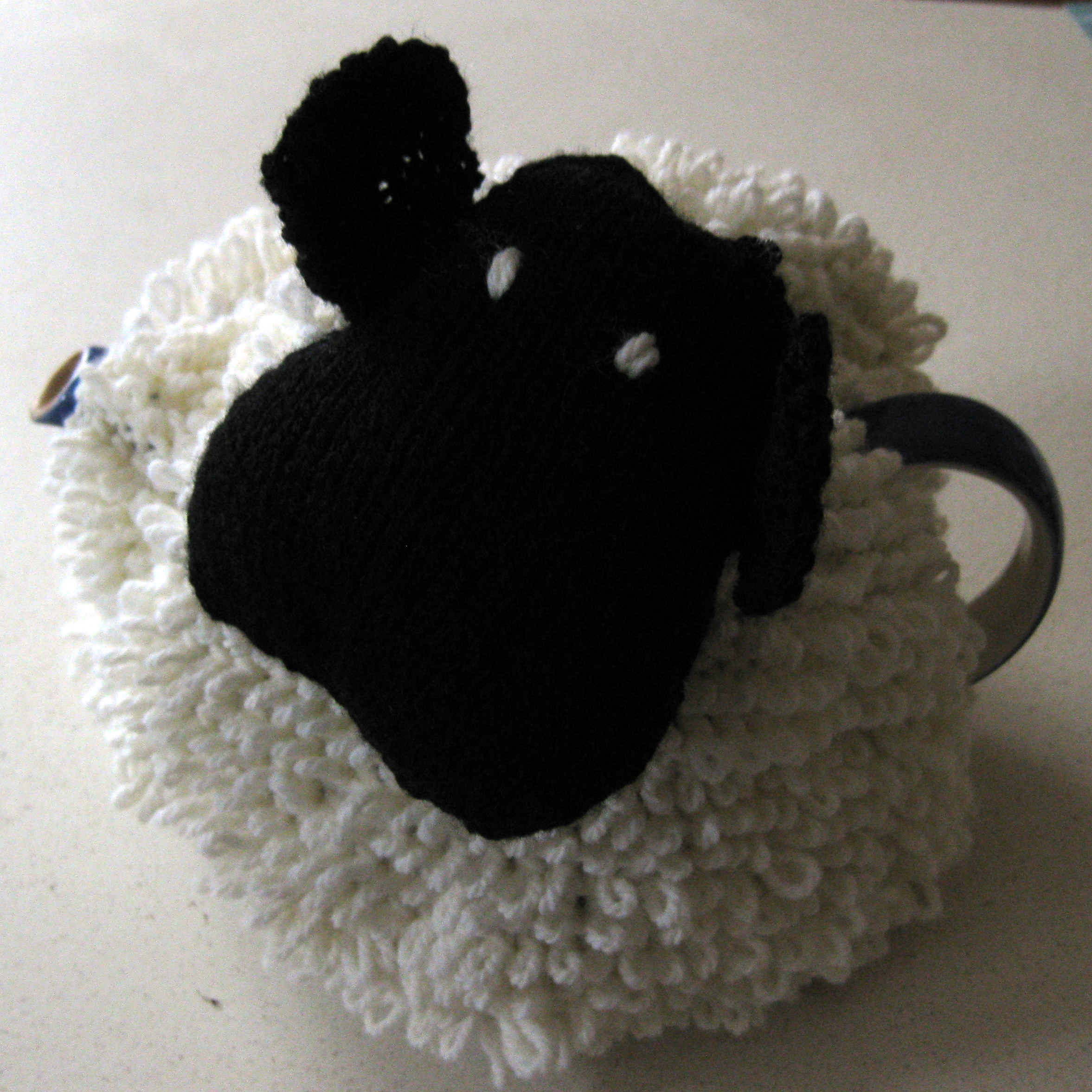 Free Knitting Pattern For Sheep Tea Cosy : Lysy: Sheep Tea Cosy sew make believe