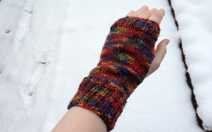 Easy Knitting Pattern Hand Warmers : Tutorial: Knitted Hand Warmers sew make believe