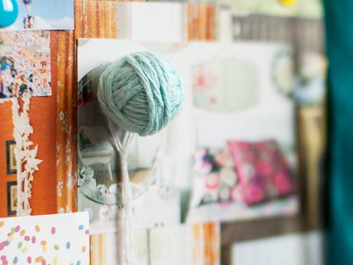 yarn drawing pin